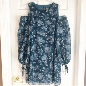 Vince Camuto | Cold Shoulder Floral Dress